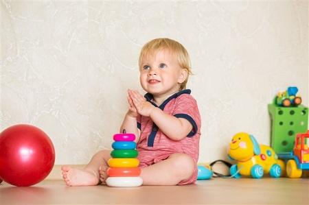 как выбрать игрушку для детей