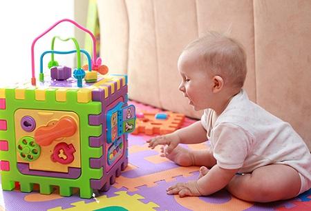 игры для ребенка в 8 месяцев