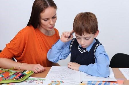 ребенок не делает уроки самостоятельно