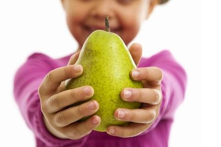 С какого возраста можно давать грушу детям
